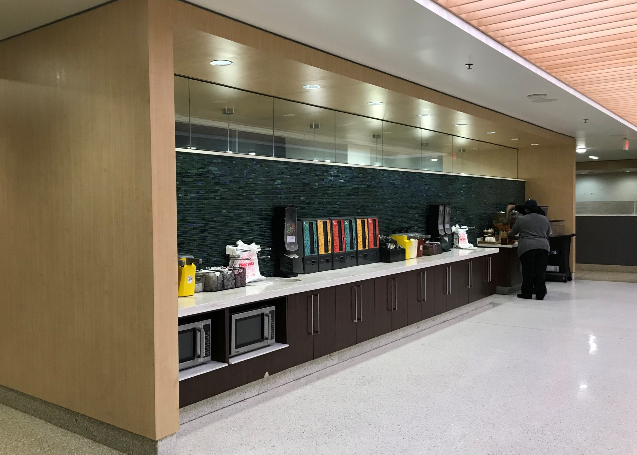 grocery checkout, Food Service, cash wrap, wall protection, venforma, ven4ma