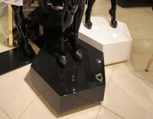 Venforma, mannequin stand
