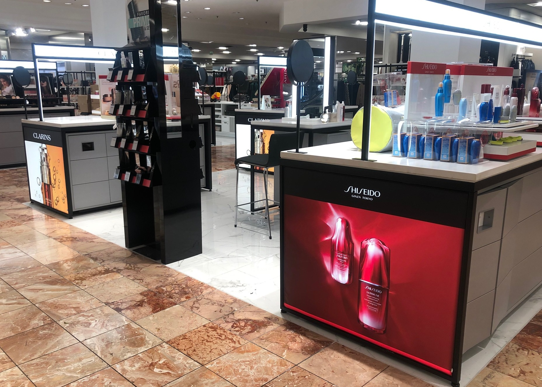 beauty fixtures, Gondola Shelving, retail store fixtures, Wall Displays, Freestanding Displays, cosmetics display,