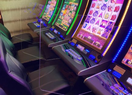 casino, gaming, slot base, plexi dividers